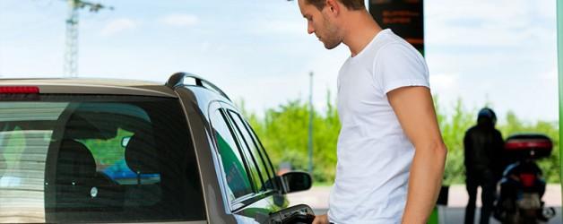 Kredittkort og avslag på drivstoff